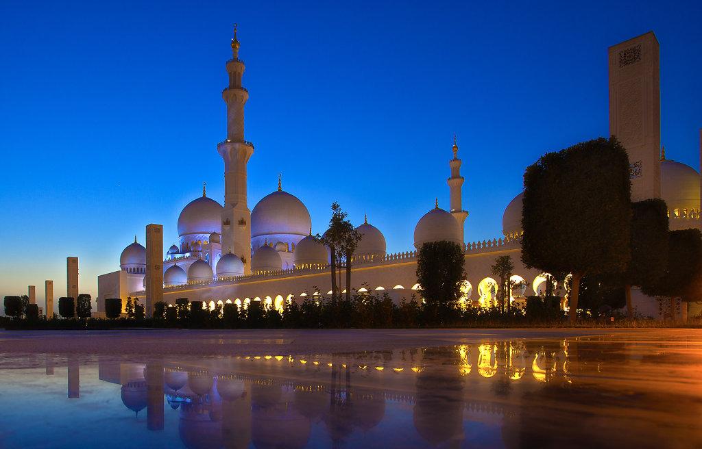 sheikh-zayed-moschee-02.jpg
